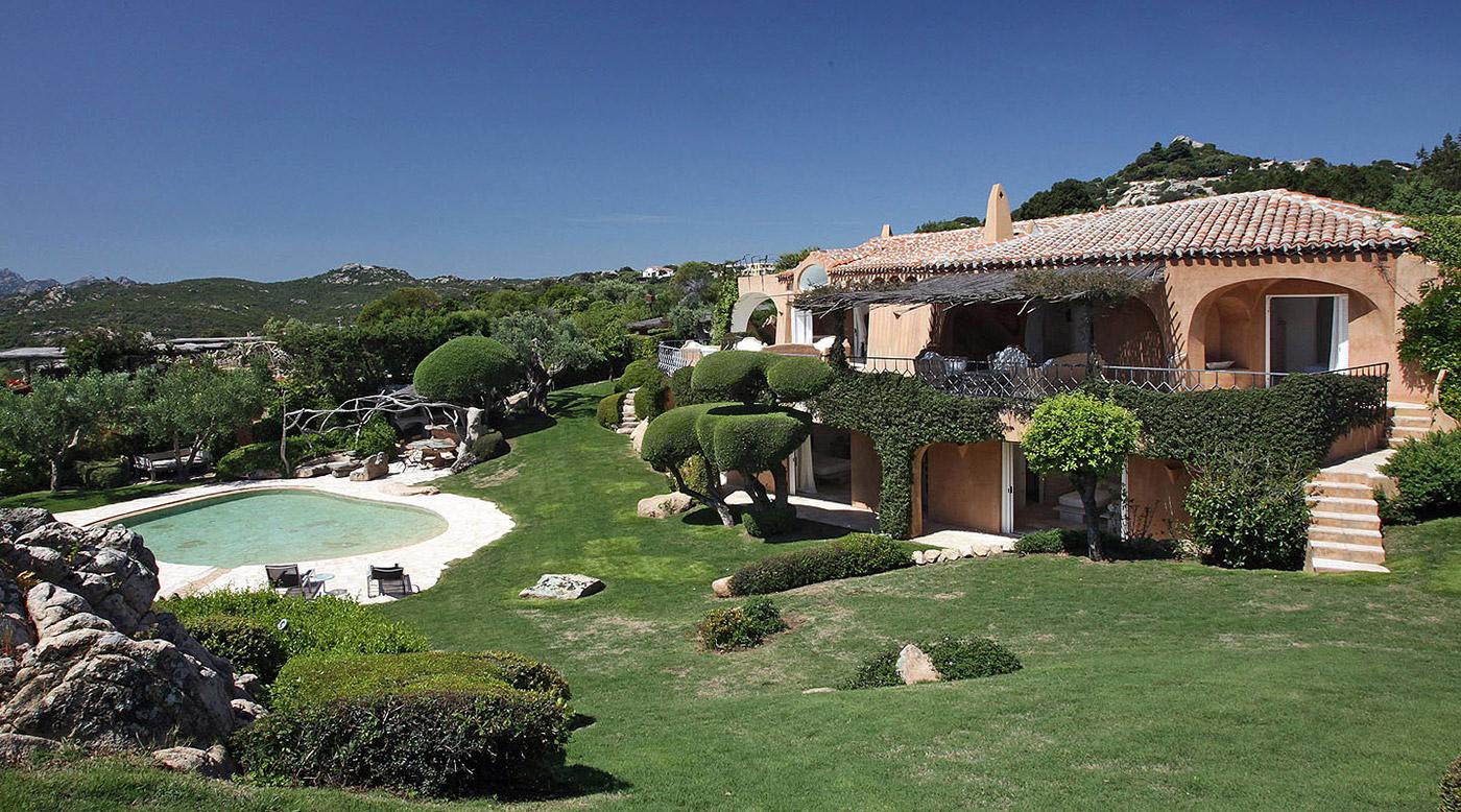 © Esmeralda Luxury Villas